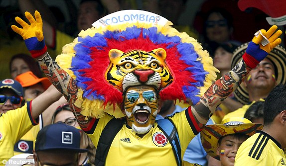 1447791367484_lc_galleryimage_a_supporter_of_colombia_c